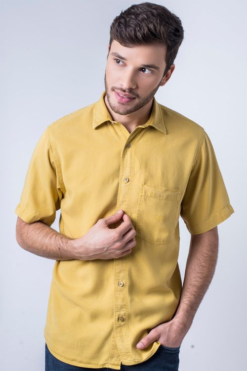 Camisa casual masculina tradicional tencel mostarda f06020a